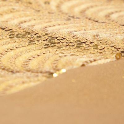 Falda dorada de arbolito 106 cm